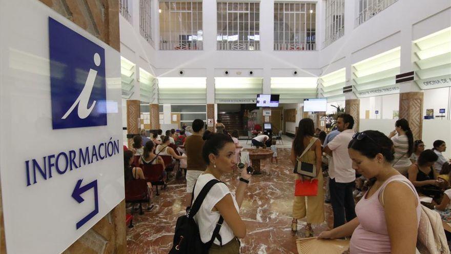 Empleo en Córdoba: El Ayuntamiento convoca 15 plazas de informador gestor