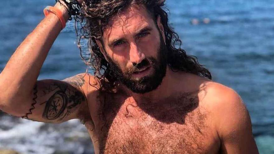 El canario Raúl, de 'La Isla de las Tentaciones' sufre un accidente