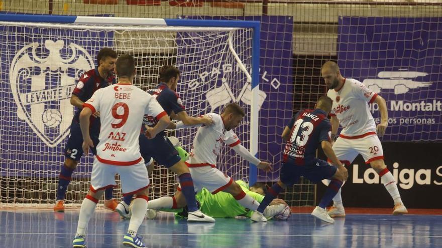 Al Levante UD FS se le escapa la primera victoria en Paterna (2-2)