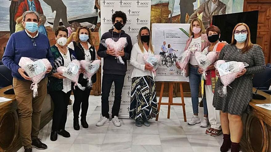 Rincón se suma a la campaña 'La almohada del corazón' de la AECC