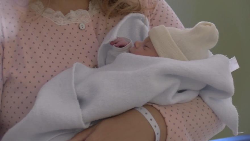 Martina, primer nacimiento de 2021 en Canarias