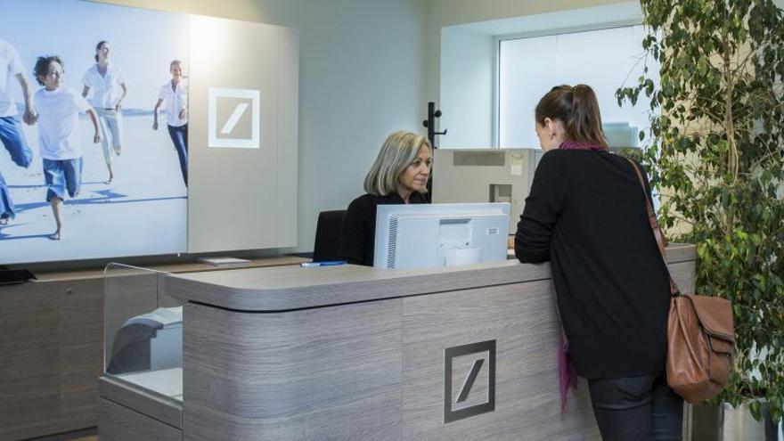 Deutsche Bank cierra sus oficinas de Gran Alacant y Benidorm