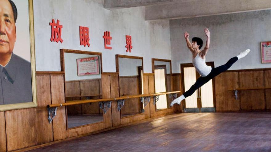 Proyección del filme 'El último bailarín de Mao', del oscarizado Bruce Beresford