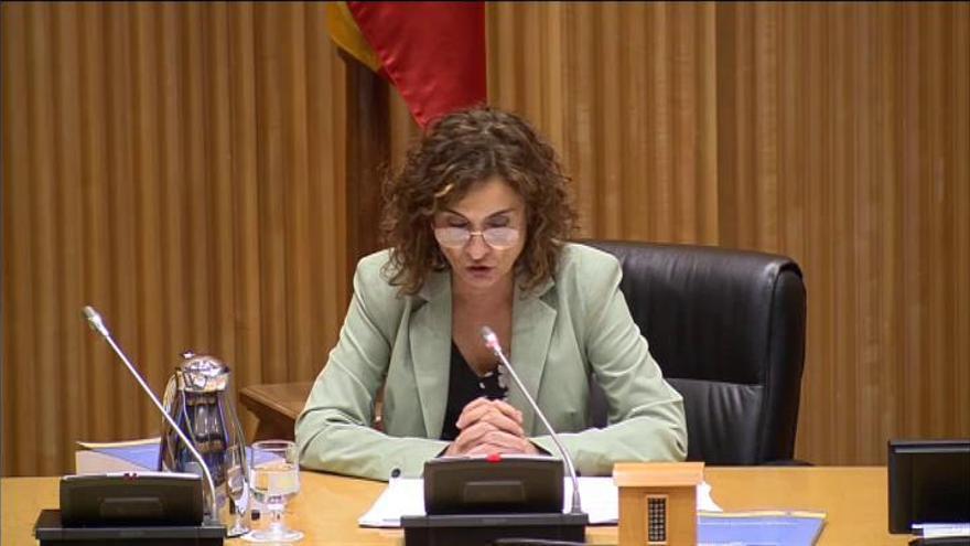 Los PGE destinarán 300 millones de euros para la equiparación de los permisos de maternidad para ambos progenitores
