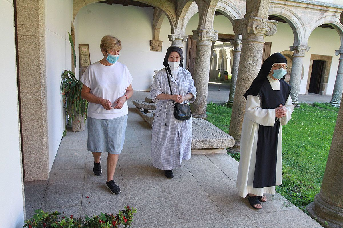 Resistir en el último monasterio habitado de la Ribeira Sacra