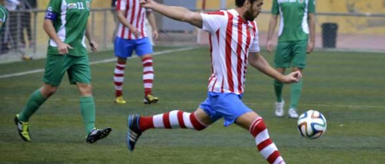 El CF Cullera ya es tercero  tras ganar al Jove Espanyol