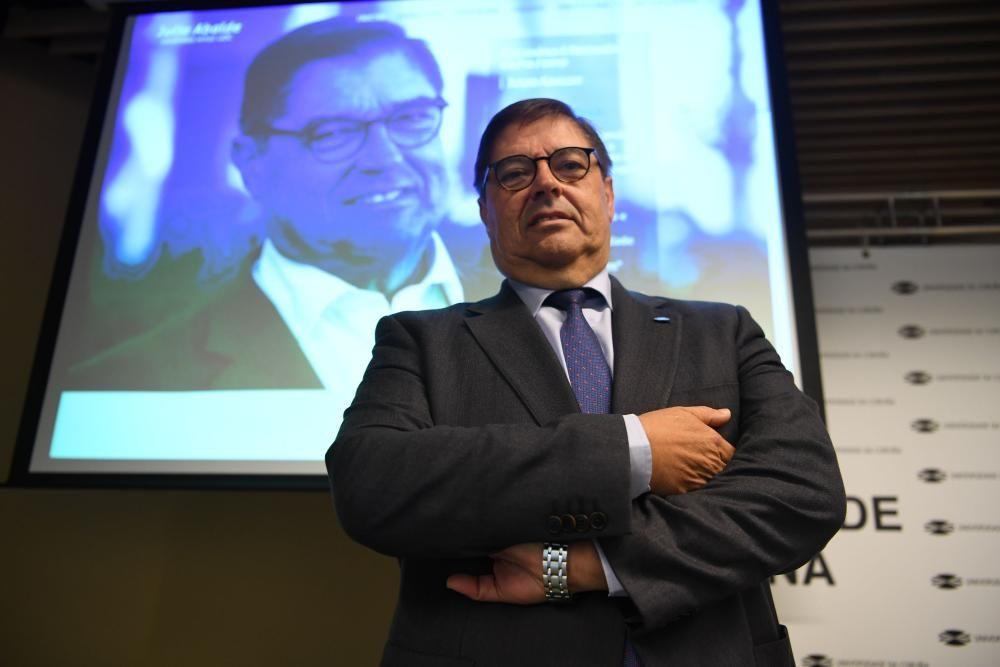 Abalde, candidato a la reelección como rector