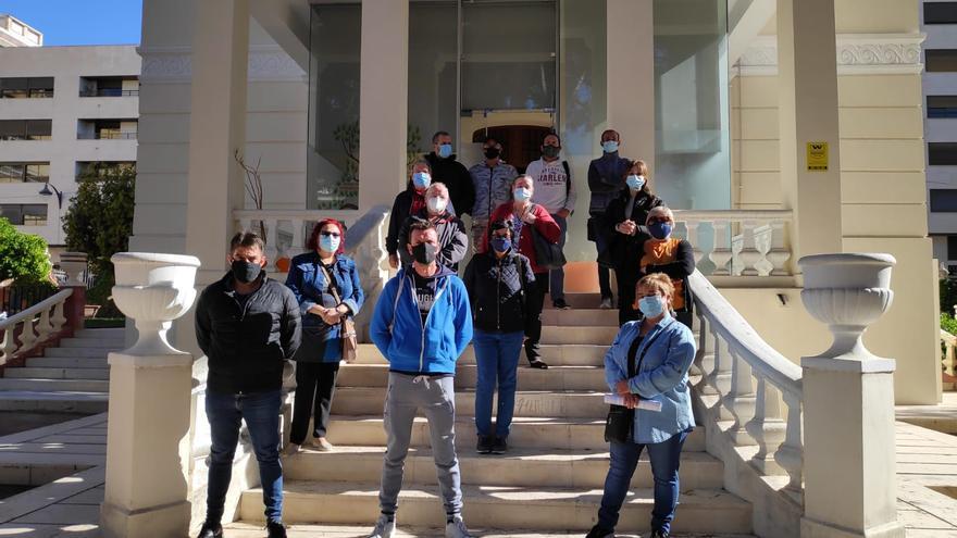 El Ayuntamiento de Elda se refuerza con quince parados mayores de 30 años