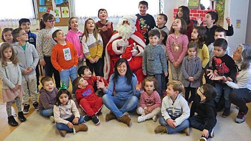 Papá Noel y fútbol sala, actividades en A Laracha