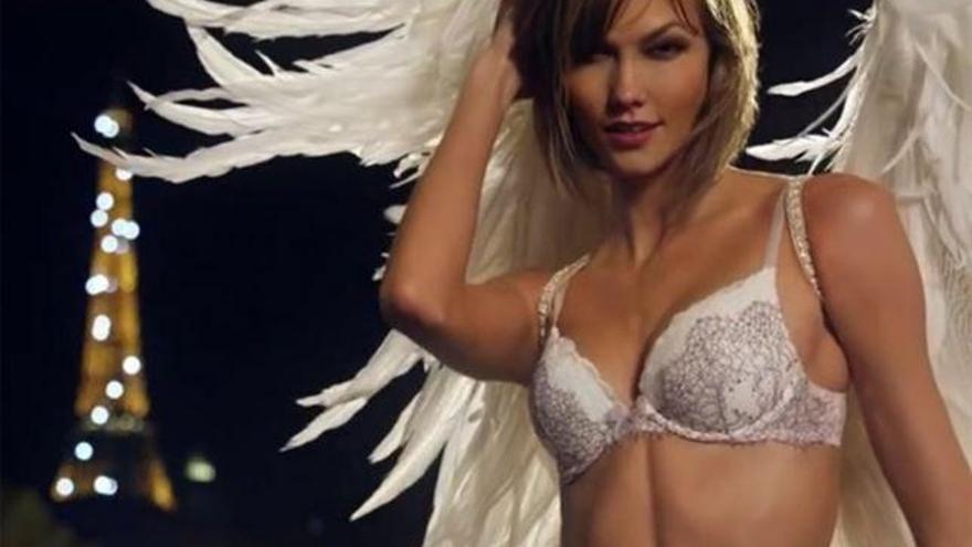 Los ángeles de Victoria's Secret se cuelan en la Super Bowl