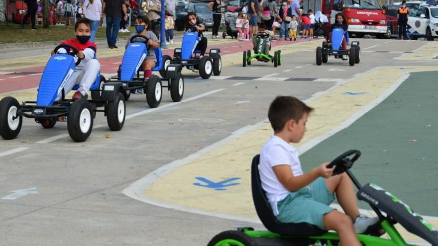 Cangas ensaya la peatonalización de su centro en el Día Europeo sin Coches