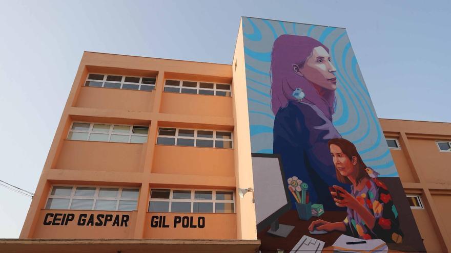 "La ingeniera Nuria Oliver, protagonista del 19 mural de 'Dones de Ciència"""