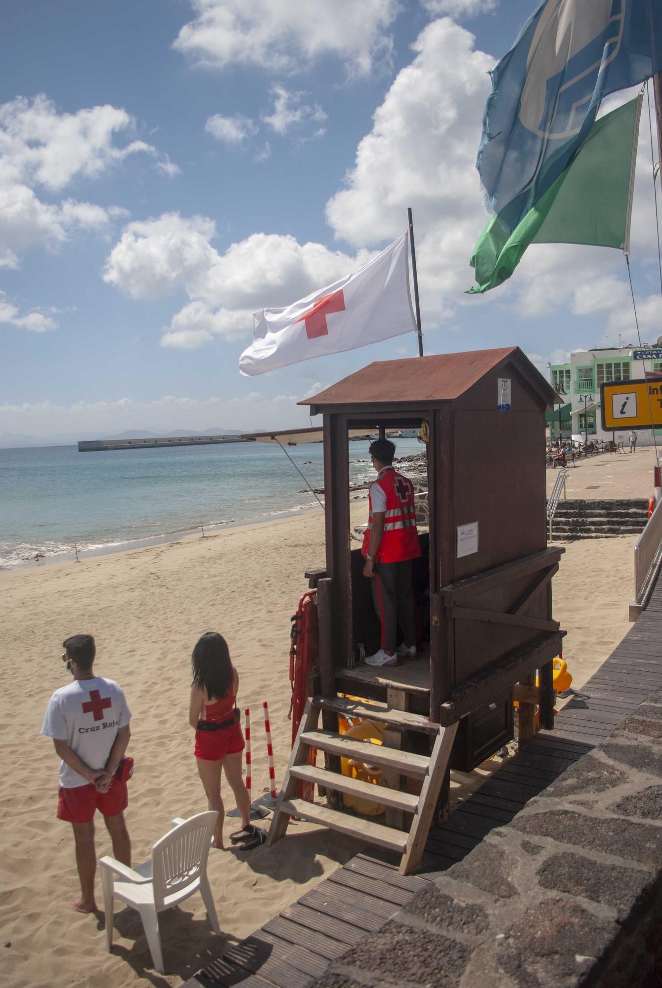 Cruz Roja en las playas de Canarias en Semana Santa