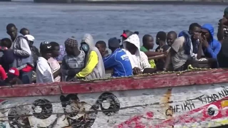 Un migrante grave, trasladado al Negrín