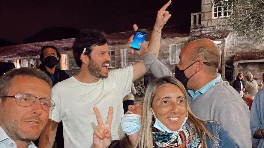 La pasión oviedista de Willy Bárcenas, líder de Taburete: así le canta al club azul