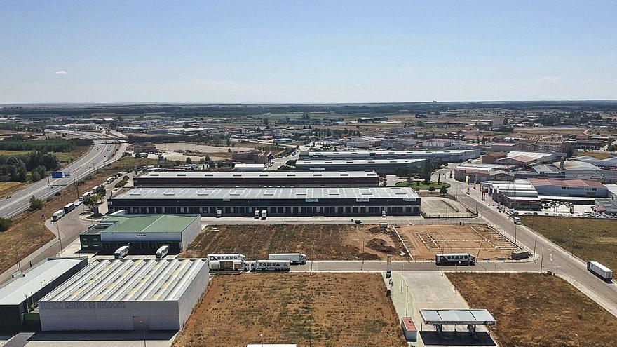 182.000 euros para iluminar el Centro de Transportes de Benavente