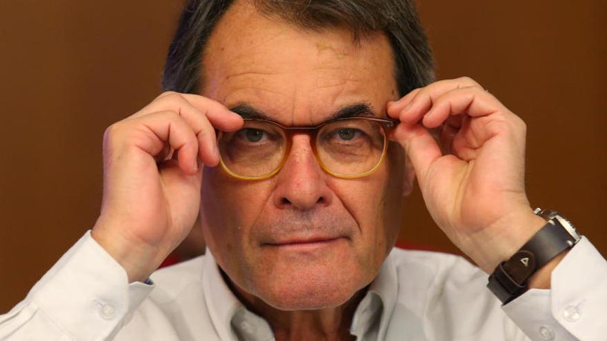 Artur Mas no aconsegueix reunir els 5,2 milions d'euros de fiança pel 9N