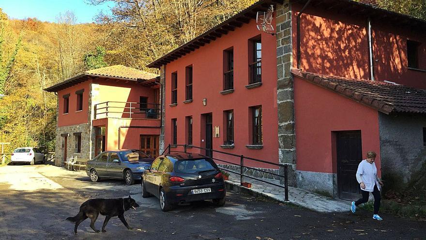 Adiós al frío en la residencia de Beleño: Ponga instala un calentador