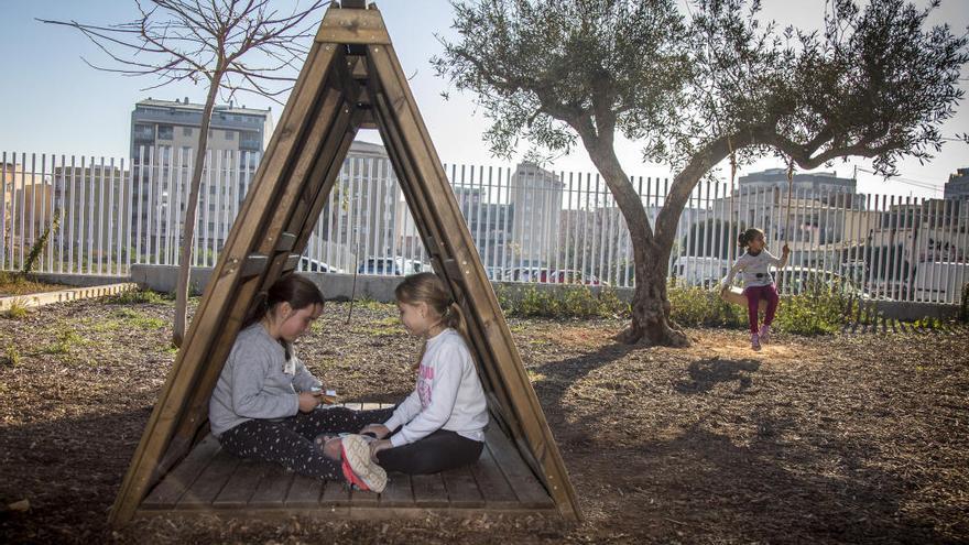 """Marzà: """"Los patios son los principales espacios de socialización del alumnado y deben ser inclusivos y coeducativos"""""""
