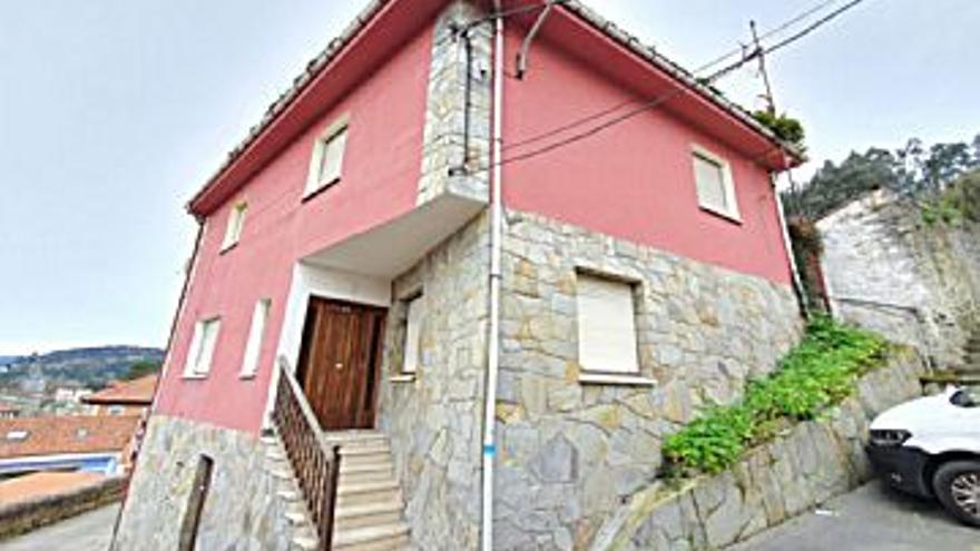 115.000 € Venta de casa en San Esteban de Pravia (Muros del Nalón), 4 habitaciones, 2 baños...