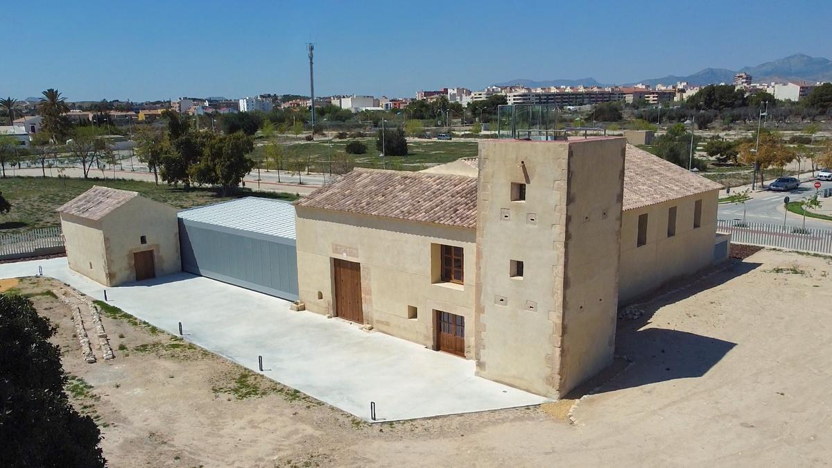 En los últimos años, el Ayuntamiento de Sant Joan está poniendo en valor su patrimonio cultural con la finalidad de reconocerlo y preservarlo.