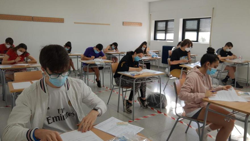 Arrancan las pruebas de la EBAU para una veintena de alumnos de Sanabria