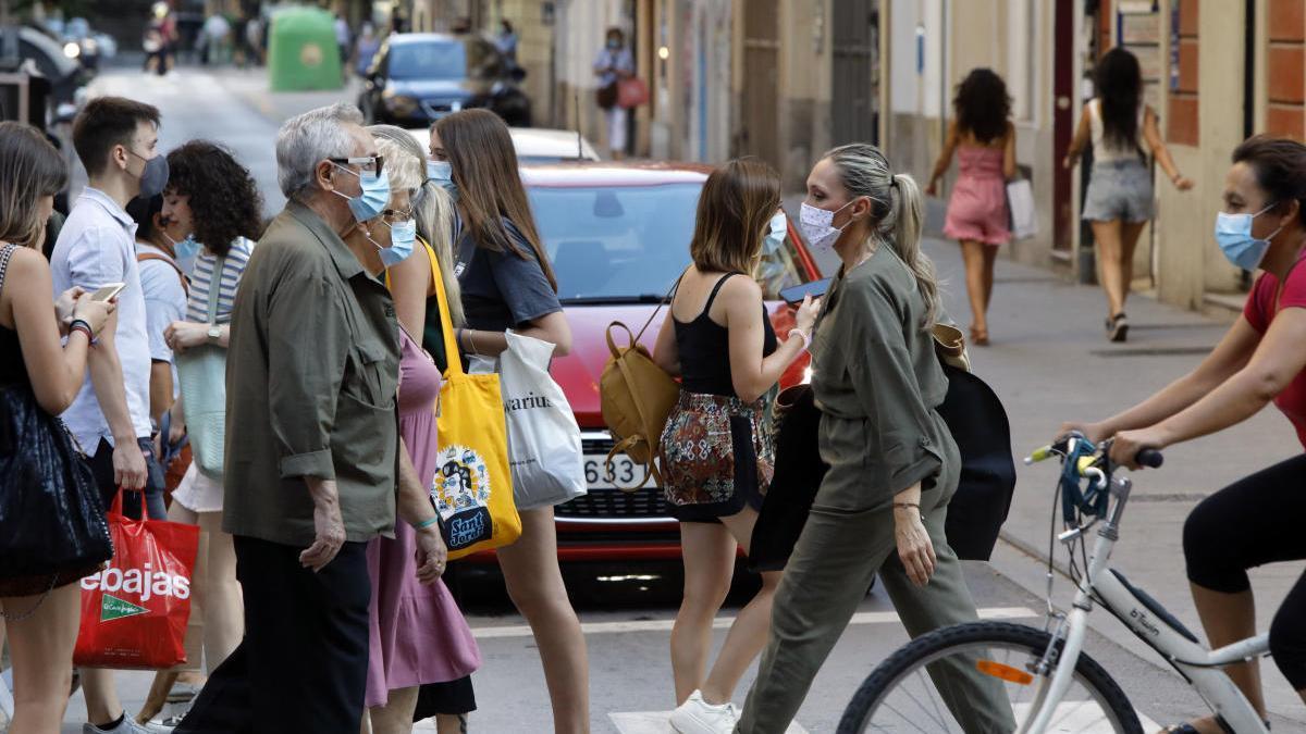 Un paso de peatones en el centro de València.