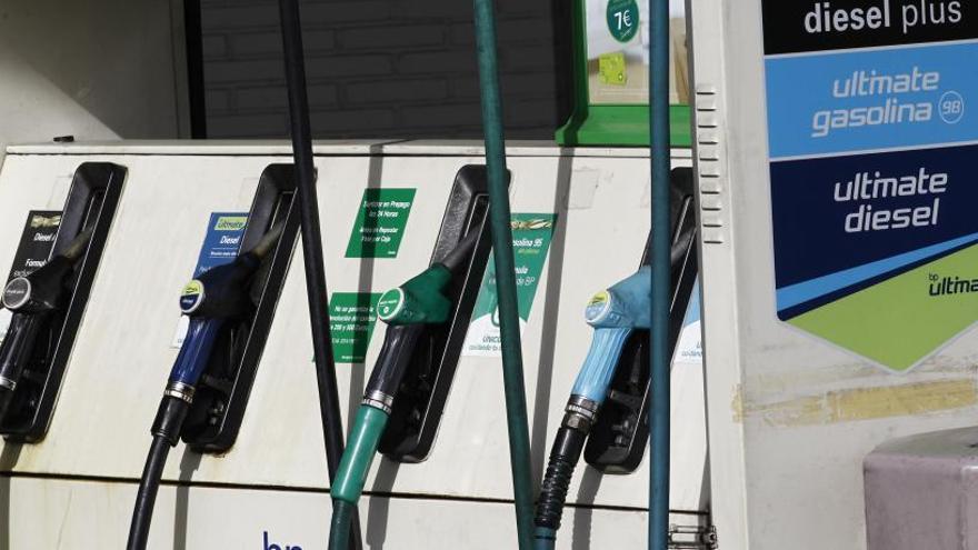 La gasolina sube un 1,73  y el gasóleo, un 1,21%