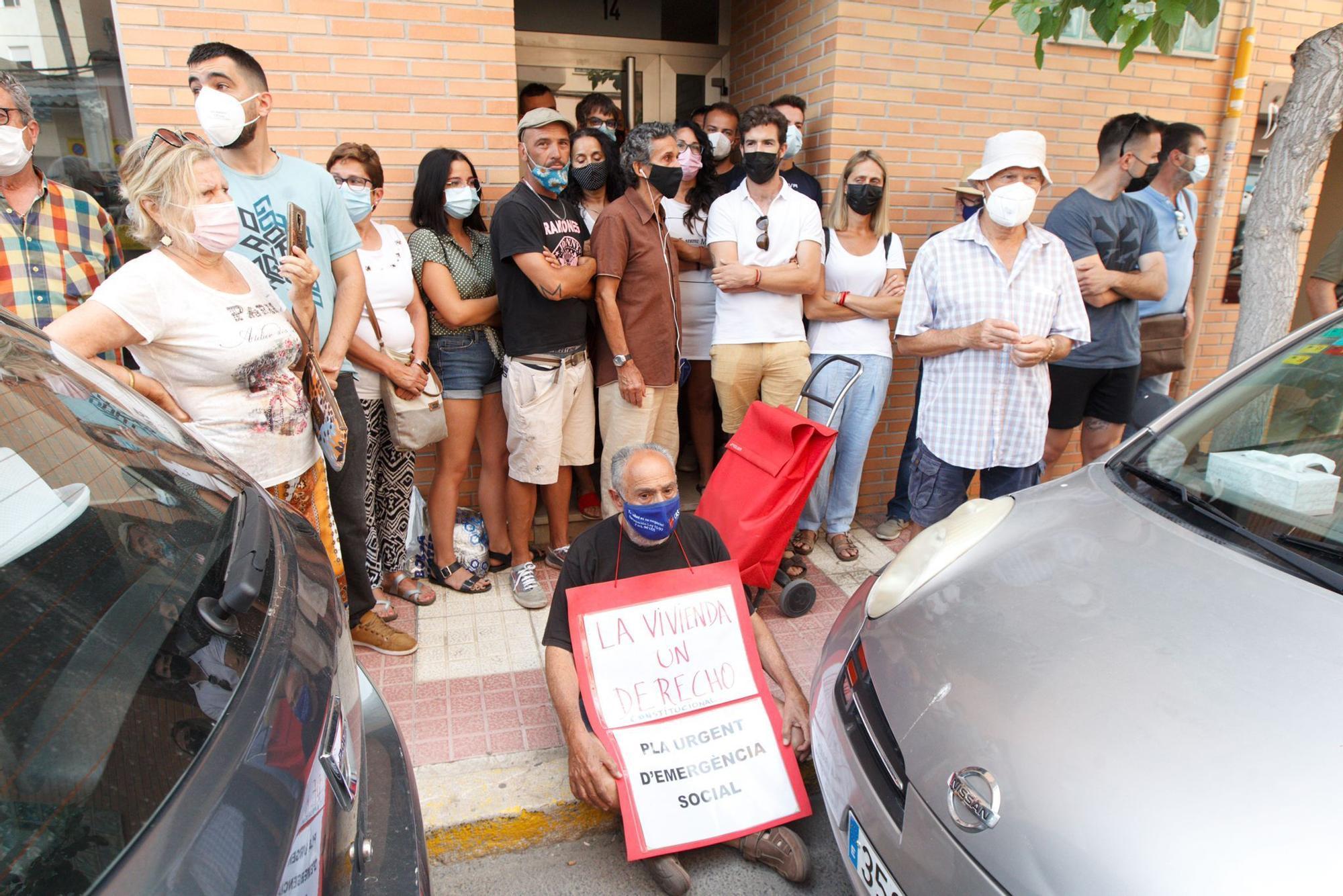 Desahucio paralizado por la movilización ciudadana en El Campello