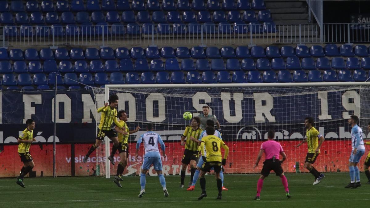 El Málaga empató en La Rosaleda frente al Oviedo.