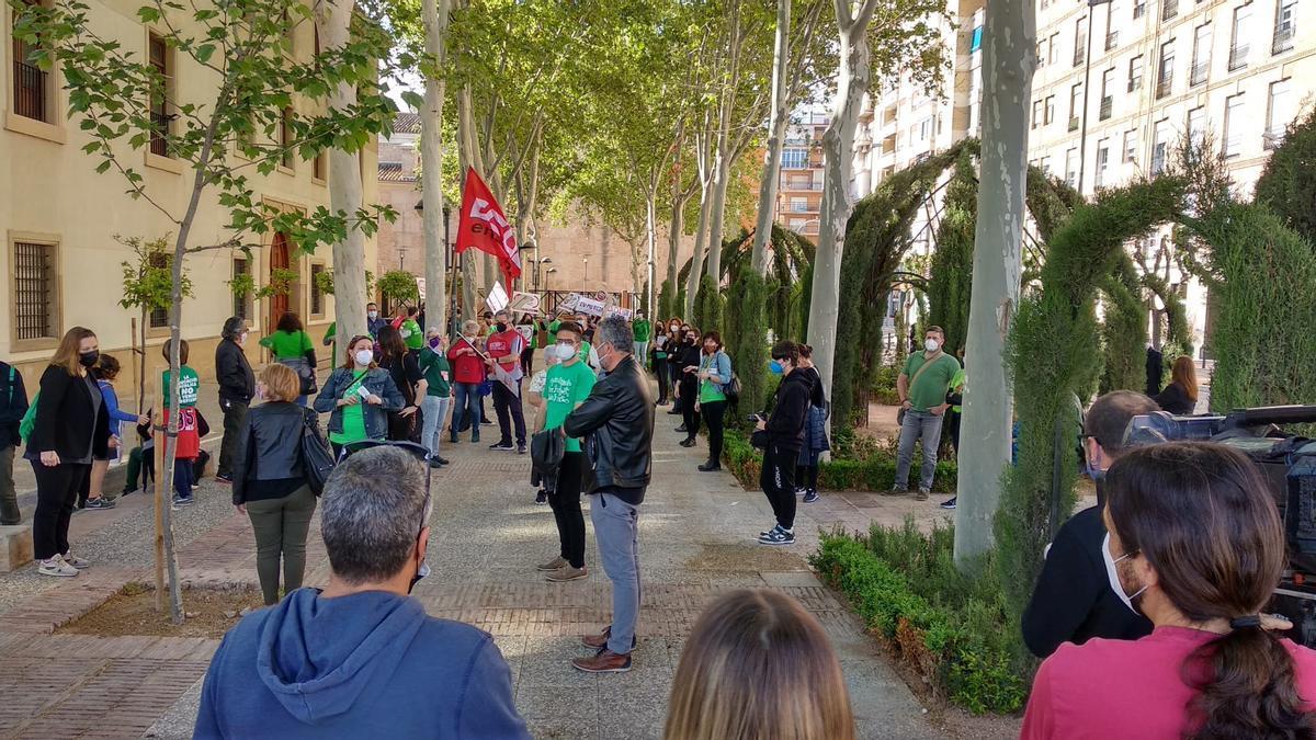 Movilización de la plataforma En Defensa de la Educación Pública en San Esteban
