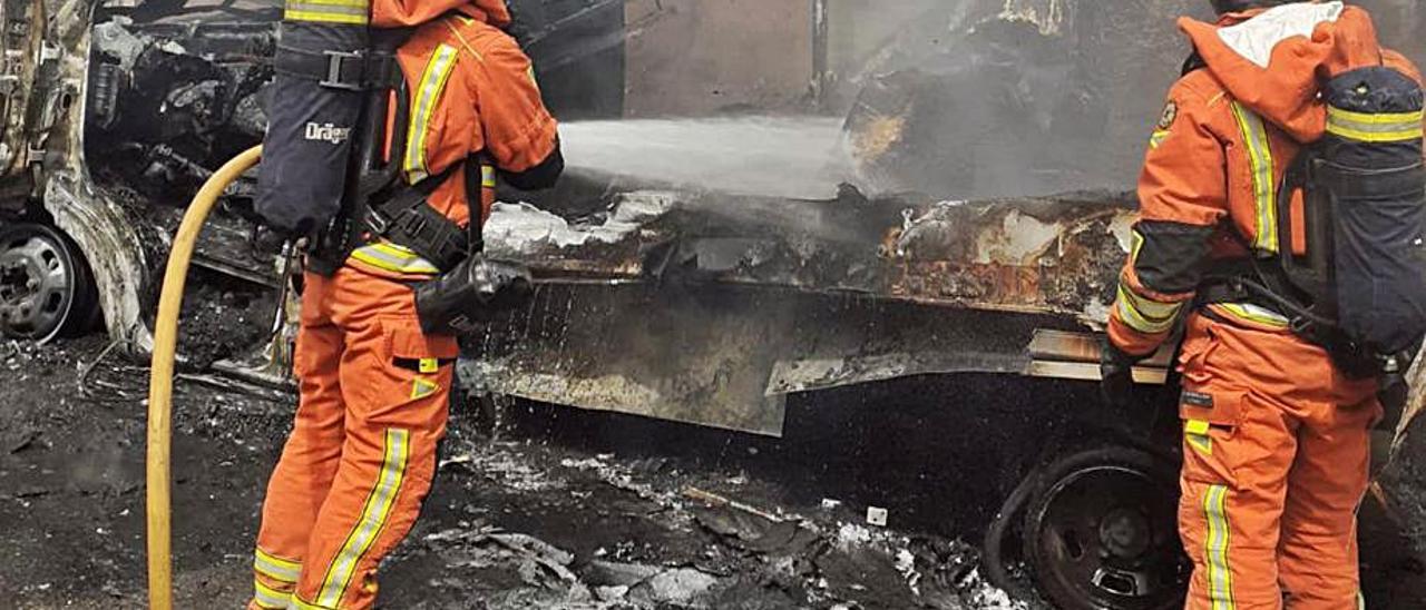 Sofocan un incendio en Canals   CONSORCIO DE BOMBEROS