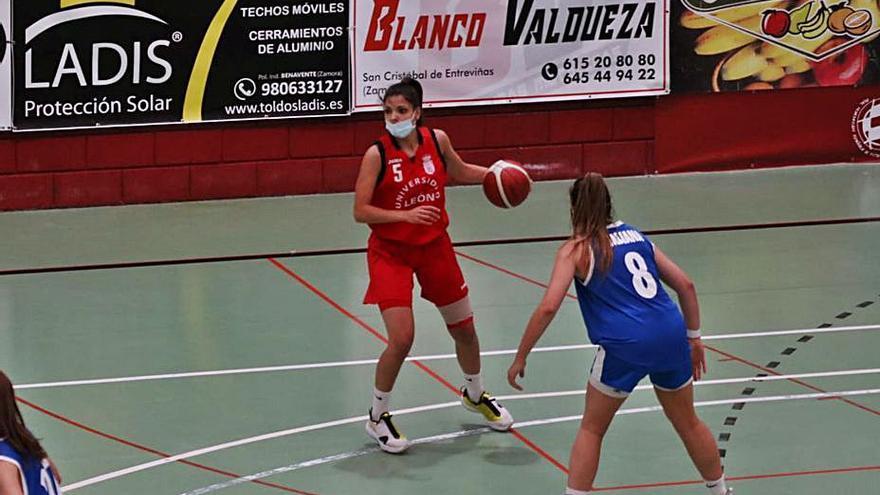 El Baloncesto León prepara el ascenso en Benavente