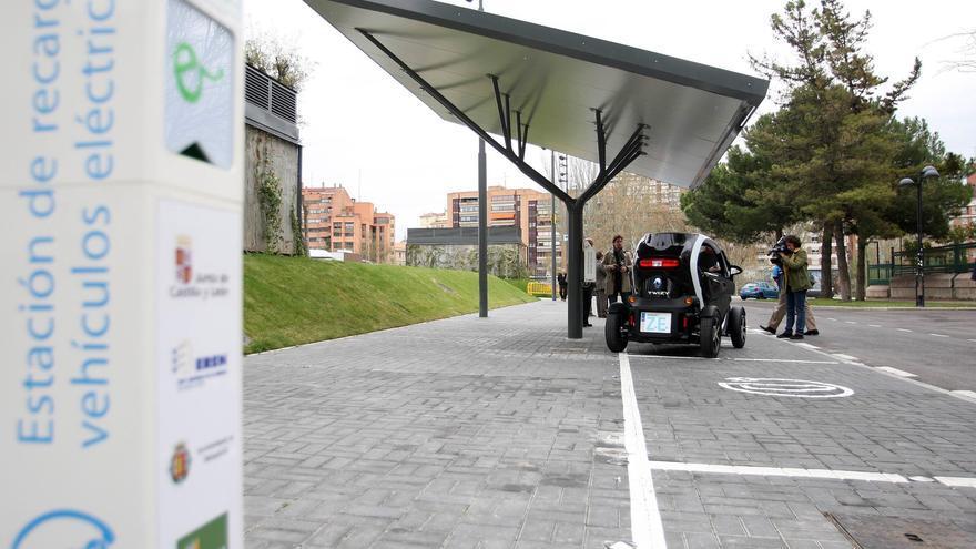 Castilla y León deberá tener instalados más de 14.600 puntos de recarga para coches eléctricos en 2030