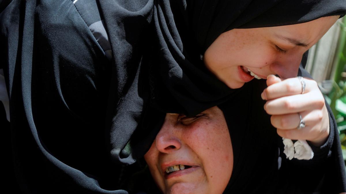 Funeral del palestino asesinado a manos de la fuerza israelí.