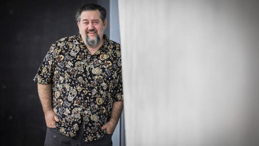 Mariano Bartolomé: «El humor inglés se parece mucho al somarda aragonés»