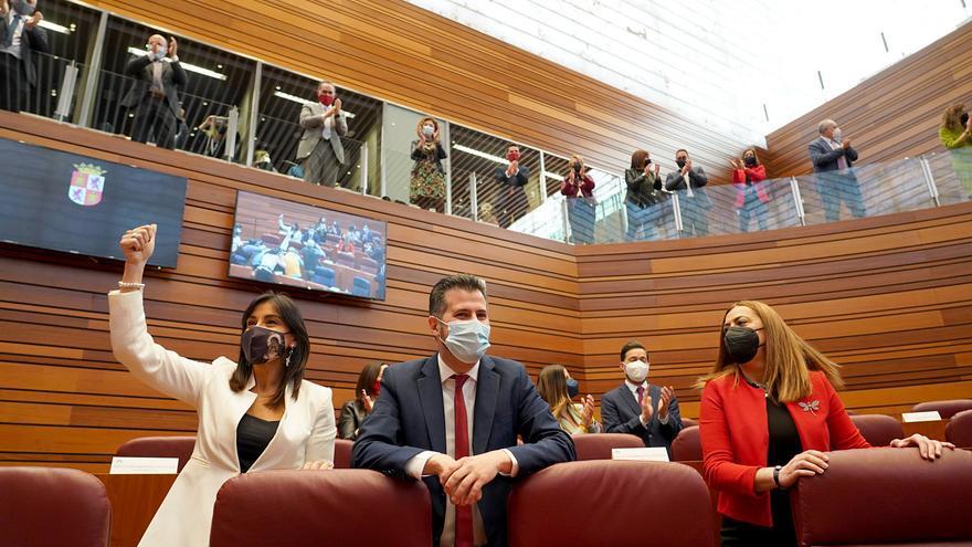 """Ana Sánchez presenta a Tudanca como """"el líder social indiscutible de Castilla y de León"""""""