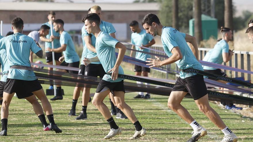 El Córdoba CF empieza a usar el campo pequeño de la Ciudad Deportiva