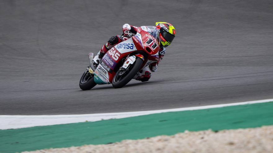 Sergio García Dols gana en Montmeló una carrera de Moto3 que rozó el podio 100% español