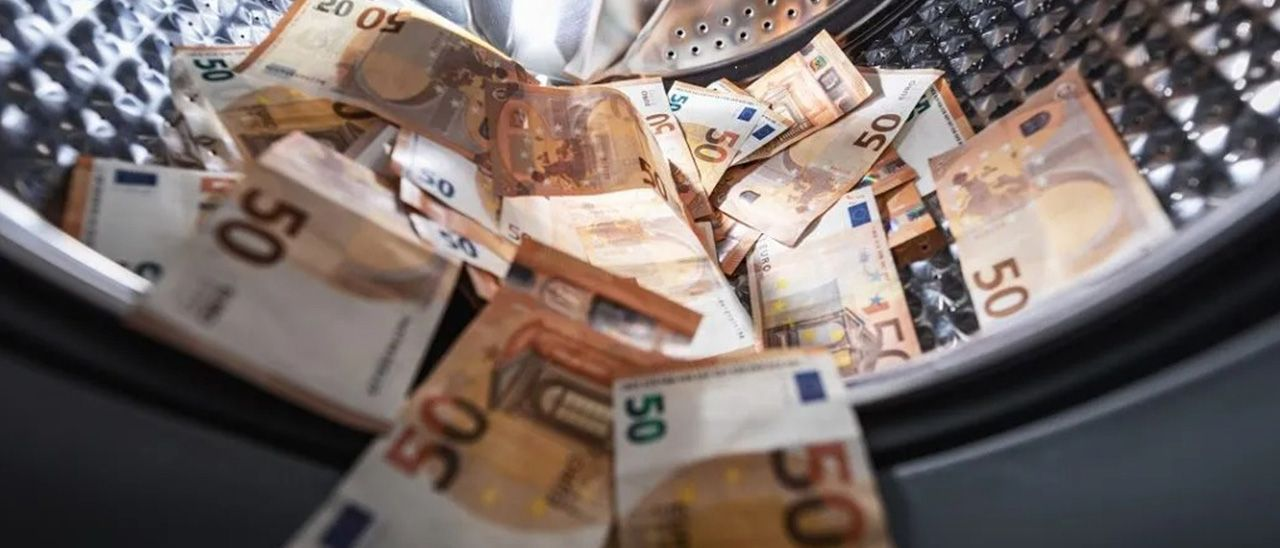 Los registradores destapan un caso de blanqueo de capitales cada día en Galicia