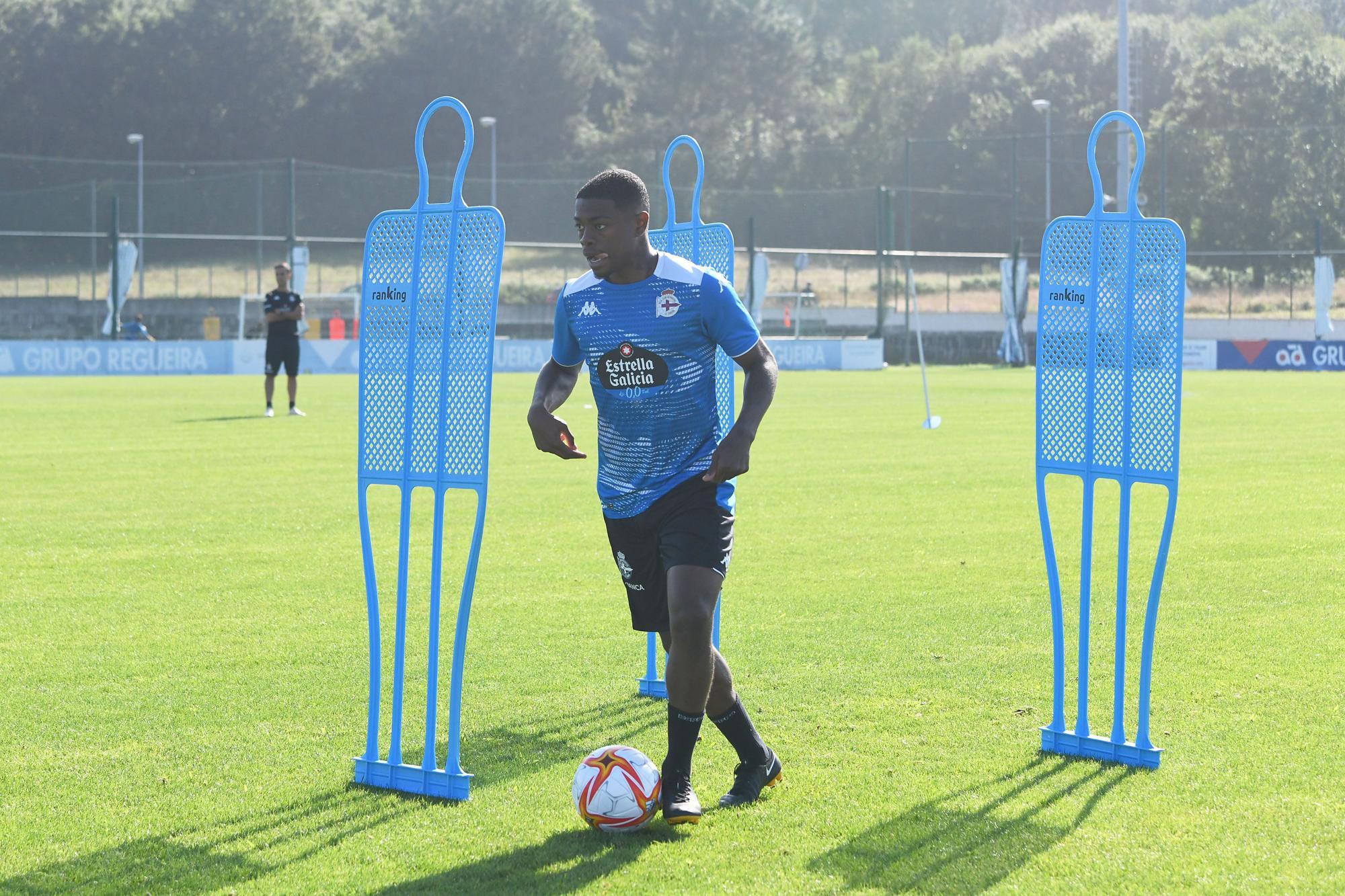 Entrenamiento del Deportivo en Abegondo