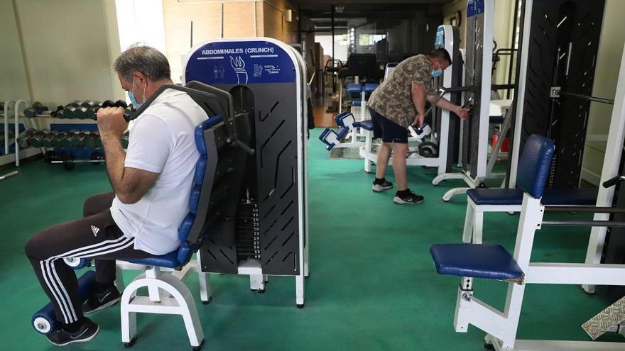 El Imdeco reabre siete salas deportivas de barrio