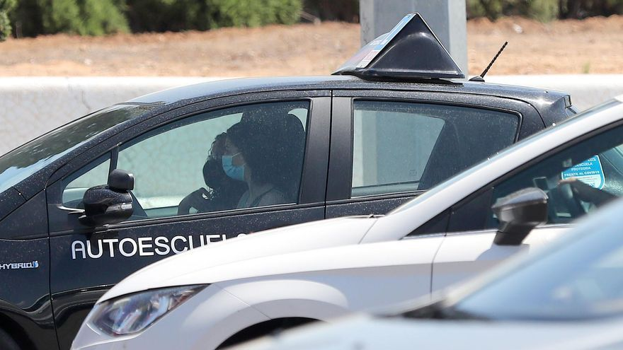 Denunciado en Sevilla un profesor de autoescuela que pretendía dar clase sextuplicando la tasa de alcohol