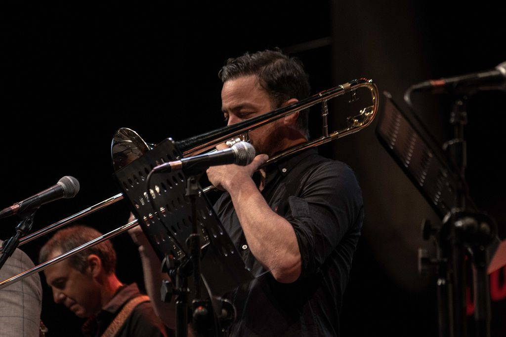 Iván 'Melón' Lewis & The Cuban Swing Express