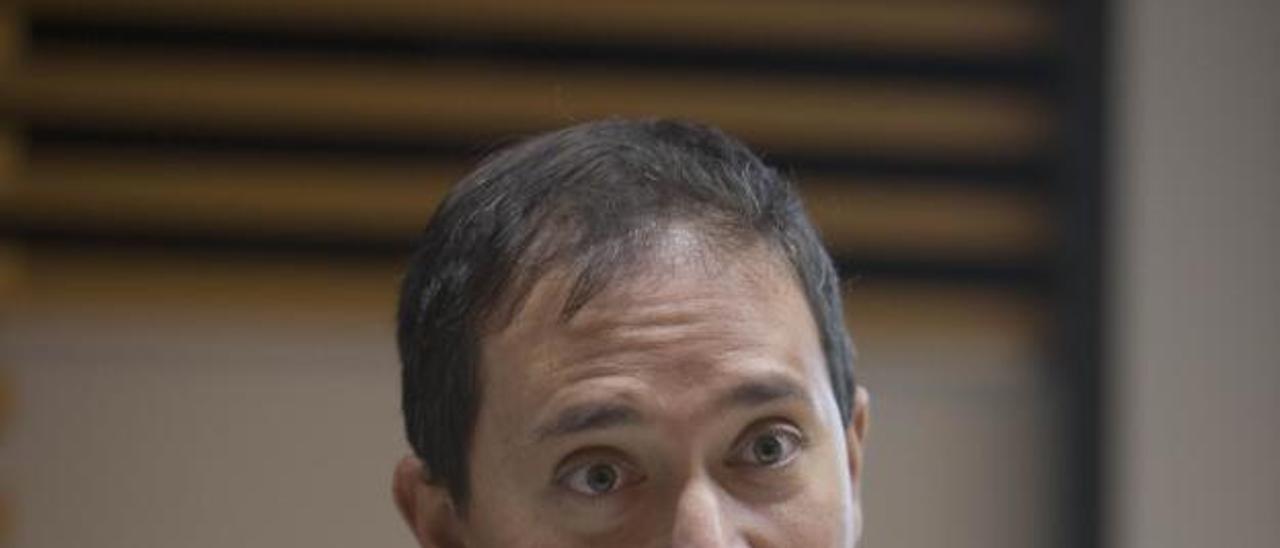 El alcalde, Antonio Esquinas. | PERALES IBORRA
