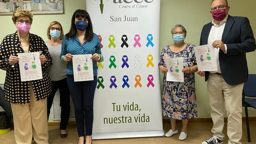 Sanidad y la Asociación contra el Cáncer ponen en marcha en Sant Joan talleres online para dejar de fumar