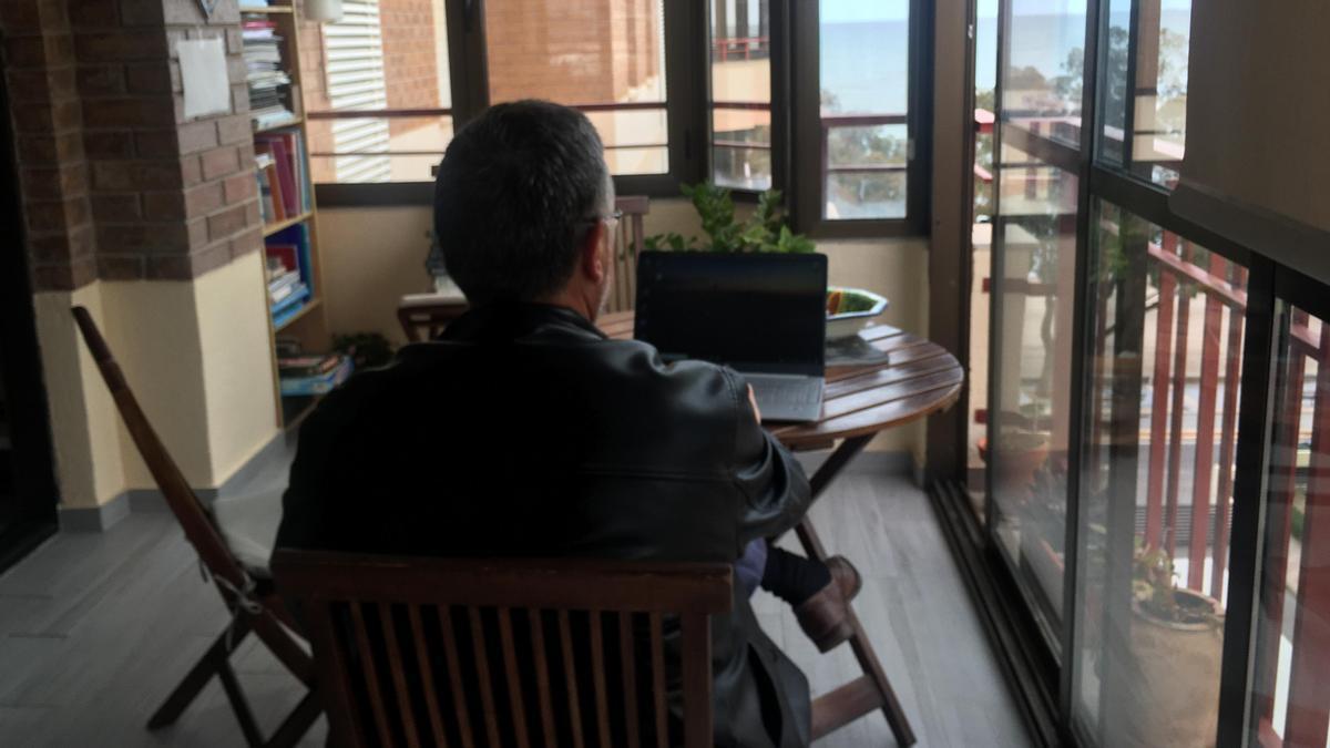 Los vecinos de la zona sur de Benicàssim tienen más incidencias para conectarse a internet por no disponer de fibra óptica.