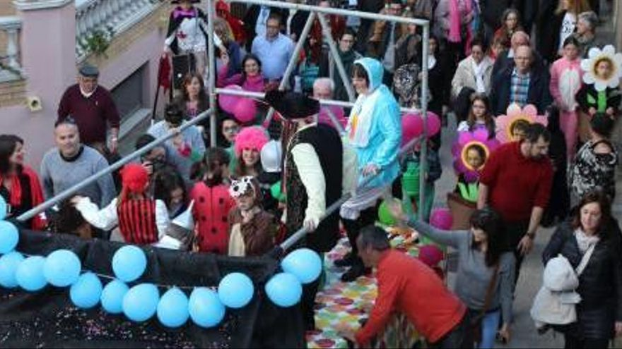 Cantallops celebra l'últim Carnaval de la comarca