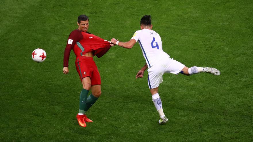 Bravo emerge en los penaltis ante Portugal y lleva a Chile hasta la final