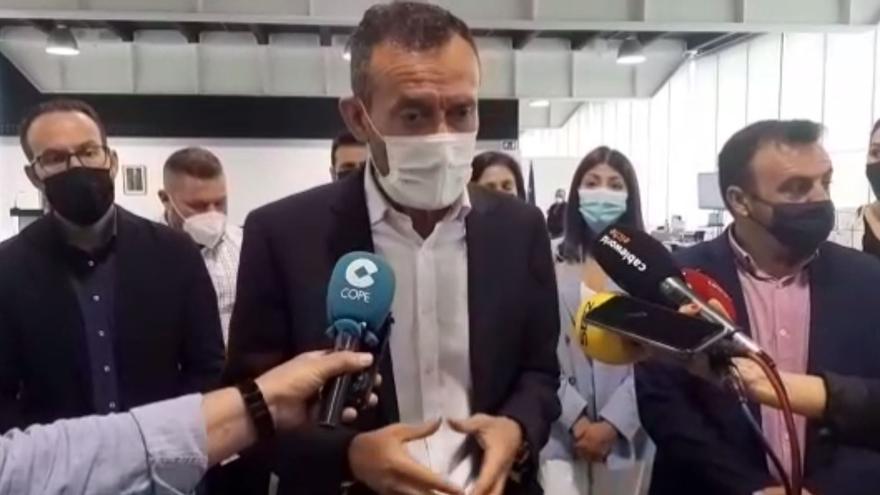 """El alcalde de Elche afirma que el abandono del pleno por parte de 9 ediles del PP es """"absolutamente injustificable"""""""